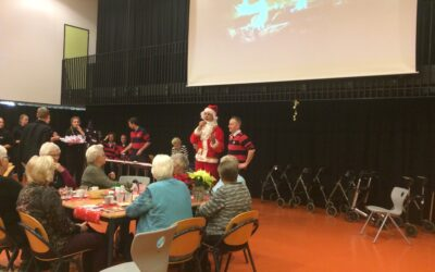 Kerstdiner voor ouderen 2016